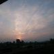 【巨大地震前兆?】日本各地で天を突く謎の飛行機雲?現る!【地震雲?】